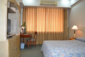 the-pearl-manila-junior-suite-01