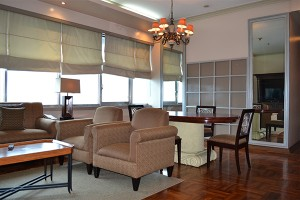 the-pearl-manila-penthouse-living-room