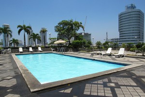 the-pearl-manila-pool-00